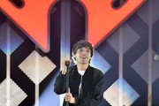 Louis Tomlinson performs onstage during KIIS FM's Jingle Ball 2019 presented by Capital One at The Forum on December 06, 2019 in Inglewood, California.