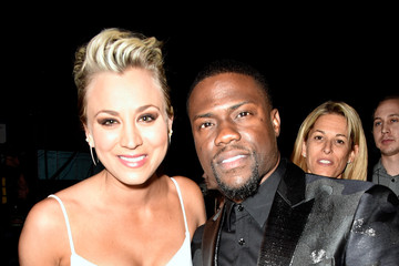 Kaley Cuoco Kevin Hart Behind the Scenes at the People's Choice Awards