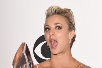 Kaley Cuoco-Sweeting People's Choice Awards Press Room