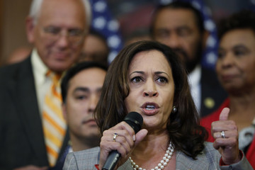 Kamala Harris Schumer, Pelosi Lead Democrats' Call For GOP Lawmakers to Stand Up to President on Decision to End DACA