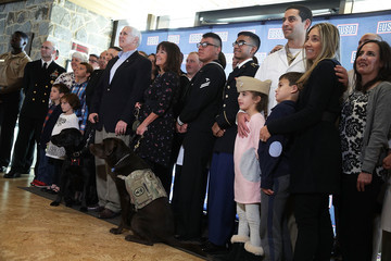 Karen Pence Mike and Karen Pence Visit Walter Reed and USO Warrior and Family Center
