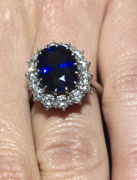 kate middleton ring sapphire. Kate+middleton+ring
