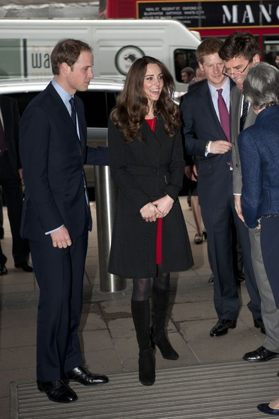 kate middleton smoking kate middleton modeling sheer dress. kate middleton modelling dress