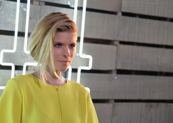Star-Studded Summer Party in NYC [hair,blond,street fashion,yellow,fashion,lip,outerwear,shoulder,neck,photography,coach,kate mara,new york city,the highline,friends of the highline,summer party]