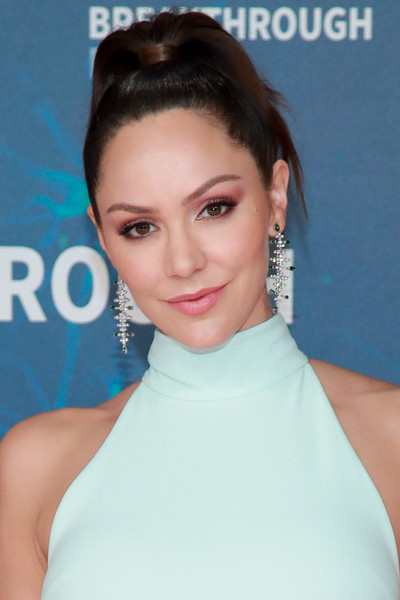 8th Annual Breakthrough Prize Ceremony - Arrivals [hair,face,hairstyle,eyebrow,chin,lip,forehead,skin,beauty,neck,arrivals,katharine mcphee,mountain view,california,nasa ames research center,8th annual breakthrough prize ceremony]