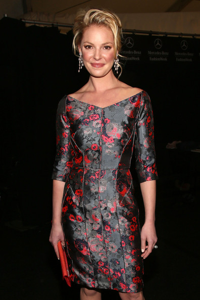 http://www1.pictures.zimbio.com/gi/Katherine+Heigl+J+Mendel+Backstage+Fall+2013+Pcl2g96VFSSl.jpg