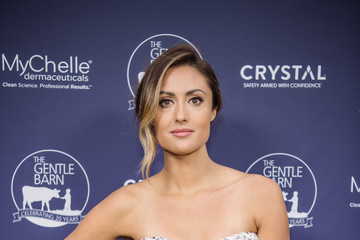 Katie Cleary The Gentle Barn's 20th Anniversary Celebration