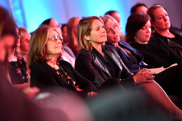 Katie Couric Gloria Steinem The 2020 MAKERS Conference - Day One