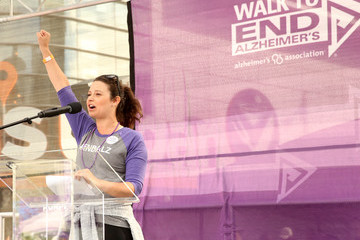Katie Lowes Walk to End Alzheimer's Los Angeles