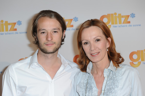 Photo of Katja Flint & her Son  Oscar Lauterbach