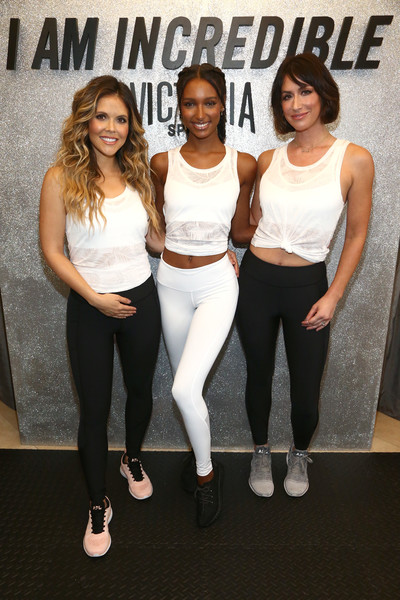 Victoria's Secret And Tone It Up Host a Slay Then Rose Workout With VS Angel Jasmine Tookes