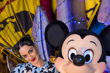 Katy Perry Singer Katy Perry Celebrates The Fourth Of July At Walt Disney World