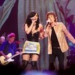 https://www1.pictures.zimbio.com/gi/Katy+Perry+Joins+Rolling+Stones+During+Their+I1sGg0DlGdoc.jpg
