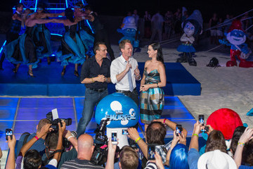 Katy Perry Neil Patrick Harris 'The Smurfs 2' Cast Hangs Out in Cancun