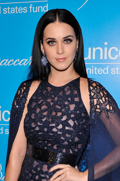 Katy Perry - Unicef SnowFlake Ball