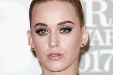 Katy Perry The BRIT Awards 2017 - Red Carpet Arrivals