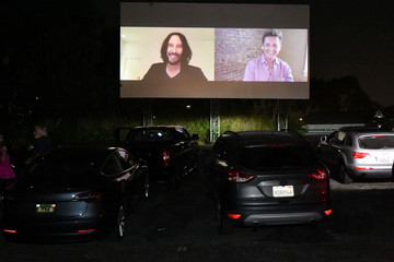 "Keanu Reeves Alex Winter, Cast And Filmmakers Surprise Fans At A Drive-in Screening Of ""Bill & Ted Face The Music"""