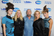 (L-R) Eloise Broady, John Paul Jones DeJoria and Cheryl Hines attend Keep It Clean Live Comedy To Benefit Waterkeeper Alliance on February 21, 2019 in Los Angeles, California.