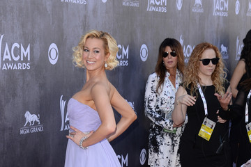 Kellie Pickler Arrivals at the Academy of Country Music Awards — Part 2