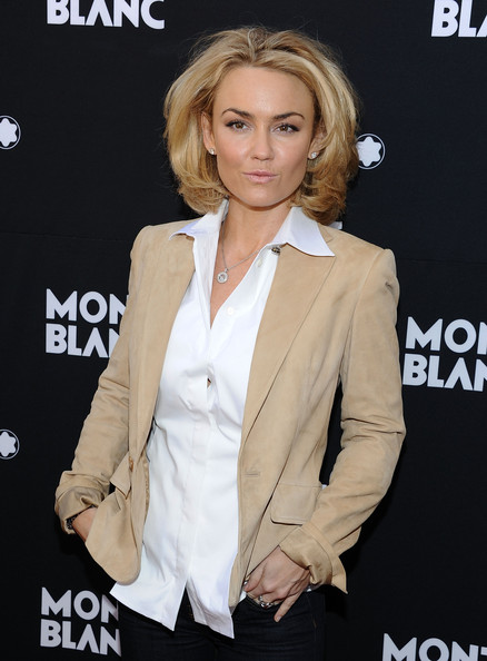kelly carlson married