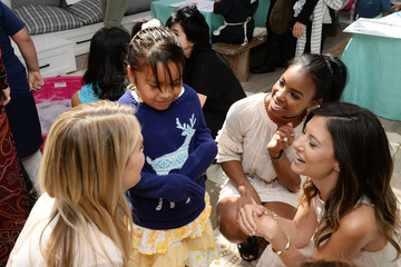 Kelly Rowland Tiny Prints Presents rhe Baby2Baby Mother's Day Party