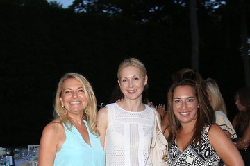 Kelly Rutherford Hamptons Magazine Celebrates A Ladies Private Dinner Hosted By Samantha Yanks