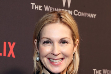 Kelly Rutherford The Weinstein Company and Netflix Golden Globes Party Presented With FIJI Water