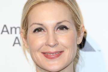 Kelly Rutherford Arrivals at the Elton John AIDS Foundation Oscars Viewing Party — Part 4