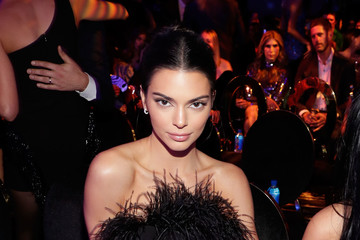 Kendall Jenner The 2018 #REVOLVEAWARDS With FIJI Water