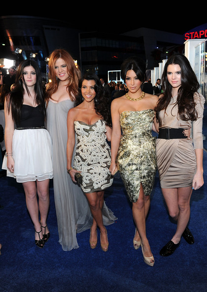 Kendall Jenner and Kylie Jenner - 2011 People's Choice Awards - Red Carpet