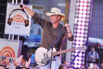 Kenny Chesney Kenny Chesney Performs on the 'Today' Show
