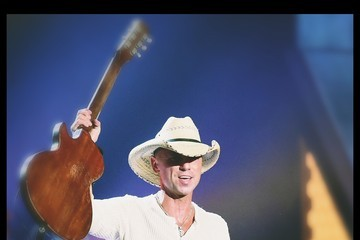 Kenny Chesney Alternative Views of the American Country Countdown Awards