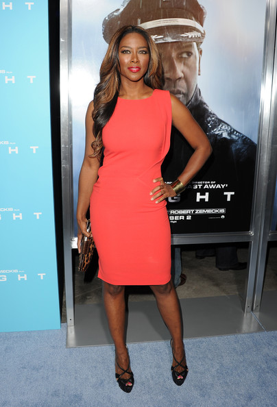 "Kenya Moore - Premiere Of Paramount Pictures' ""Flight"" - Arrivals"