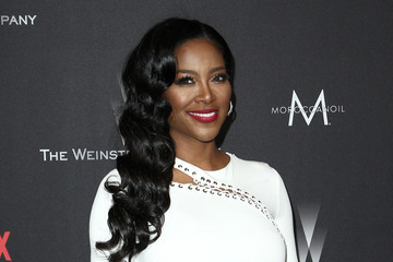 Kenya Moore The Weinstein Company and Netflix Golden Globe Party, Presented With FIJI Water, Grey Goose Vodka, Lindt Chocolate, and Moroccanoil - Red Carpet