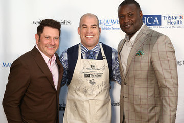 Kevin Carter Waiting for Wishes Celebrity Waiters Dinner hosted by Kevin Carter and Jay DeMarcus