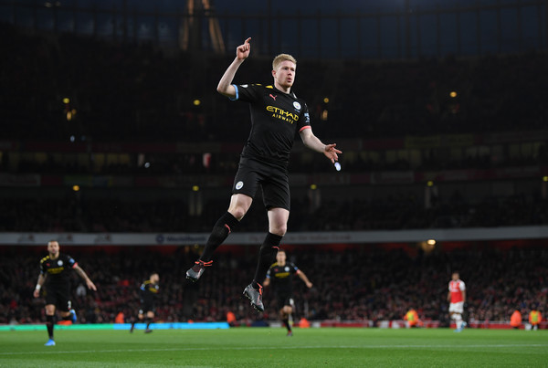 European Best Pictures Of The Day - December 16, 2019 [best pictures of the day,player,sports,sport venue,sports equipment,football player,team sport,ball game,football,soccer player,soccer,kevin de bruyne,european,united kingdom,london,emirates stadium,manchester city,arsenal fc,premier league,match]
