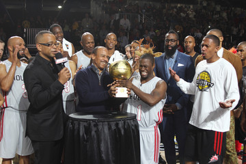 Kevin Hart Nick Cannon NBA All-Star Celebrity Game