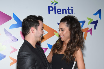 Kevin Jonas The Game Of Plenti - Arrivals