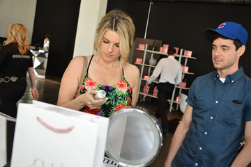 Kevin Manno Colgate Optic White Beauty Bar at Hudson Loft in Los Angeles - Day 2
