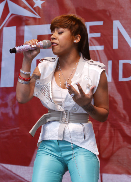 Keyshia Cole Keyshia Cole attends the 14th Annual EIF Revlon Run/Walk for women in Times Square on April 30, 2011 in New York City.