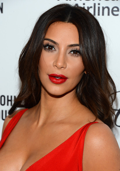 Kim Kardashian - Elton John AIDS Foundation Oscar Viewing Party — Part 6