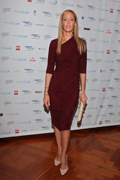 http://www1.pictures.zimbio.com/gi/Kim+Raver+Annual+Charity+Day+Hosted+Cantor+NFLCal-3_Ikl.jpg
