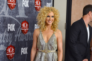 Kimberly Roads Schlapman 2012 American Country Awards - Arrivals