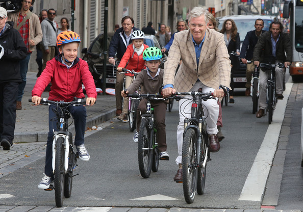King Philippe Of Belgium with Prince Gabriel, Prince Emmanuel and Princess Elisabeth attend the Car Free in Brussels on September 21, 2014 in Brussels, Belgium.