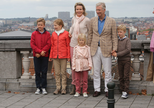 Prince Gabriel, Crown Princess Elisabeth, Queen Mathilde of Belgium, Princess Eleonore, King Philippe of Belgium and Prince Emmanuel attend the Car Free Day in Brussels on September 21, 2014 in Brussels, Belgium.