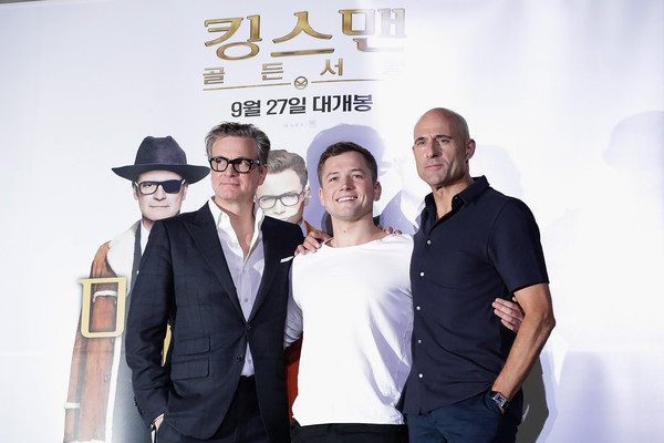 http://www1.pictures.zimbio.com/gi/Kingsman+Golden+Circle+Press+Conference+tdqJHFZ8cIhl.jpg