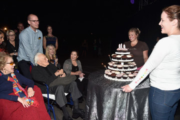 Kirk Douglas MPTF Celebrates 95th Anniversary With 'Hollywood's Night Under the Stars' - Inside