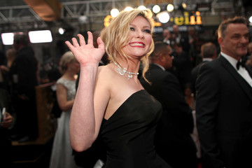 Kirsten Dunst 89th Annual Academy Awards - Red Carpet