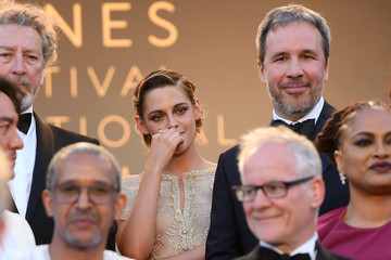 Kirsten Stewart Sting Performs To Close The 71st Annual Cannes Film Festival