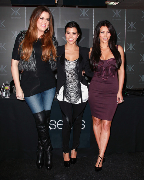 Kourtney Kardashian And Khloe Kardashian Photos Photos Kourtney
